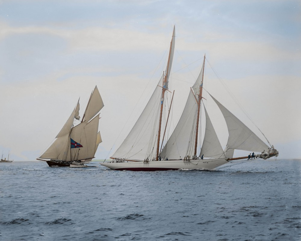 Schooners Alcaea (closest) and Lasca competing in the Goelet Cup race on August 5 1892