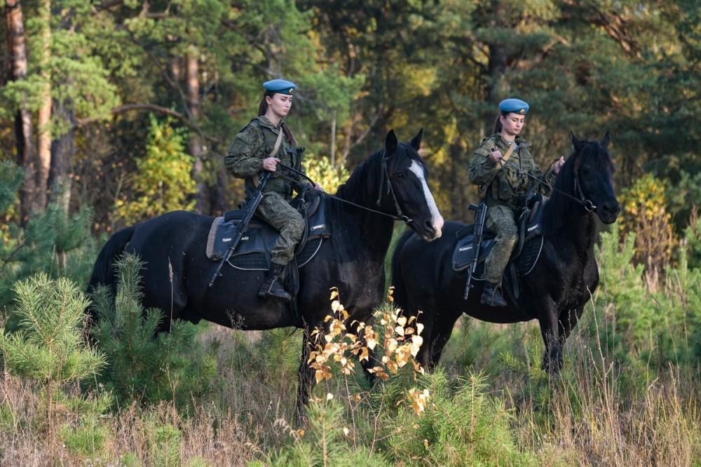 Занятие по конной подготовке с курсантами Рязанского Гвардейского высшего воздушно-десантного командного училища имени Маргелова 121708614_2773307776245294_7503390939082997794_o