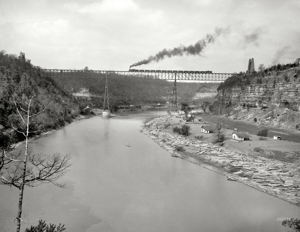 High Bridge, Kentucky, circa 1907. High Bridge and Kentucky River