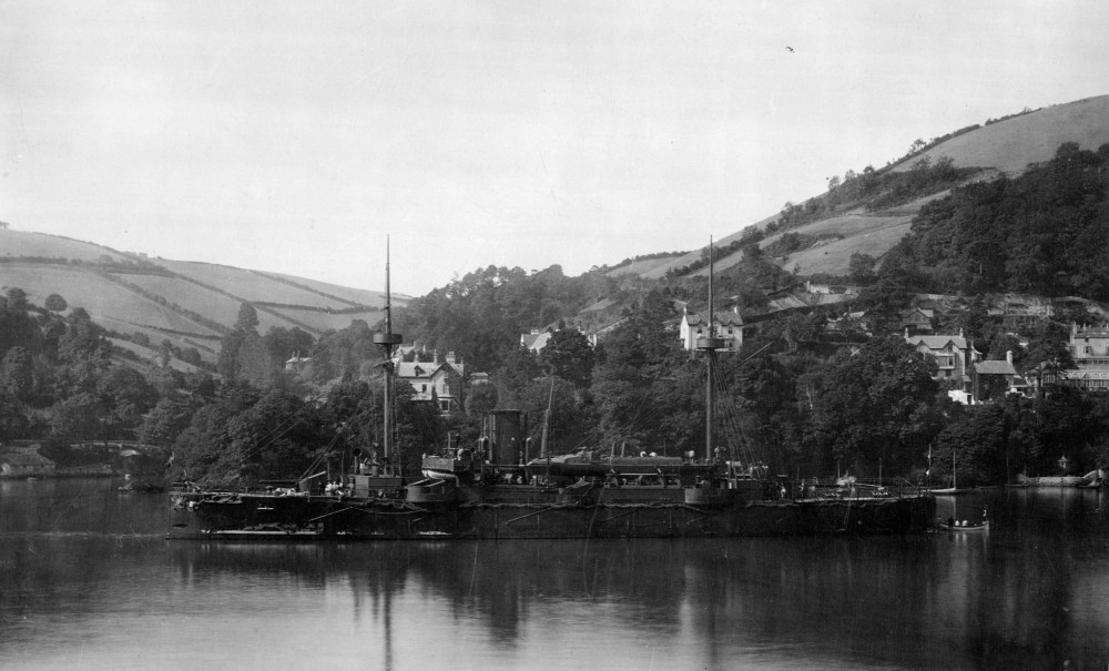 Valkyrien (1888-1923) set mod bagbord for anker sandsynligvis i England
