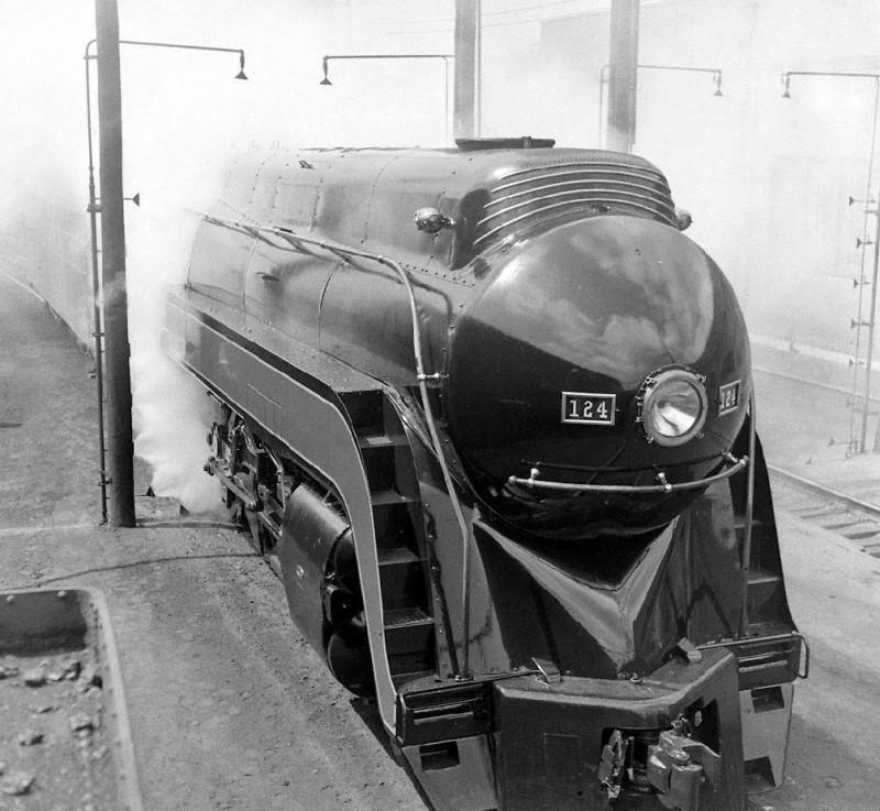 Roanoke - Virginia - 1946. Locomotive maintenance at Roanoke round house - Thomas Mcavoy - LIFE