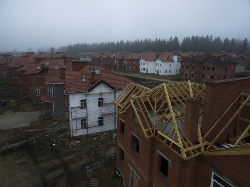 Начало работ по трем крышам