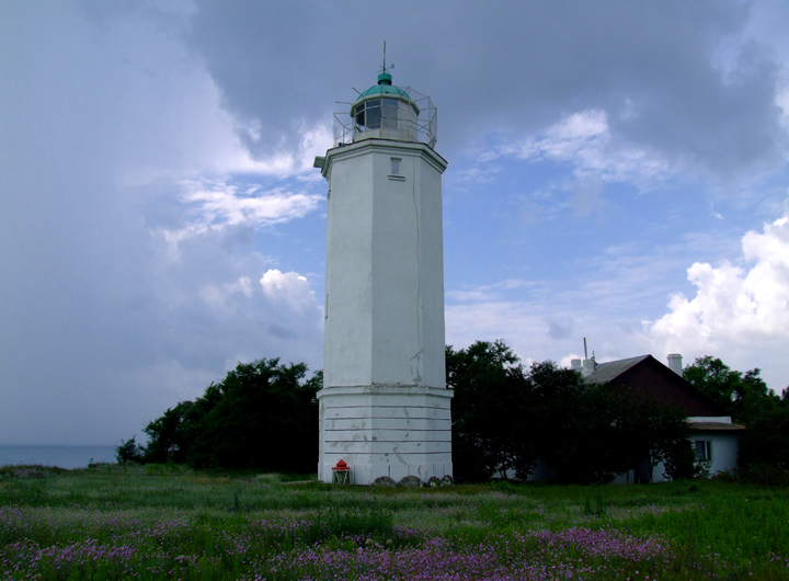 Sangejka_lighthouse_720