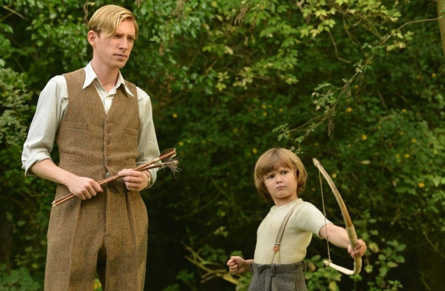 29419115-Domhnall-Gleeson-as-Alan-Milne-and-Will-Tilston-as-Christopher-Robin-Milne-in-the-film-UNTITLED-AA-MILNE-slice-1490953846-650-11826cac59-1491228211