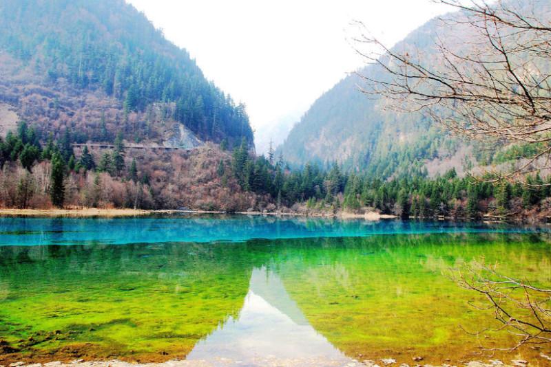 озеро_пяти_цветков