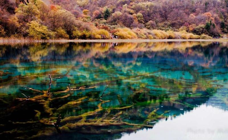 озеро_пяти_цветков_1