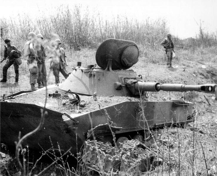 1334717215_738px-Destroyed_PT76_tank_at_Ben_Het