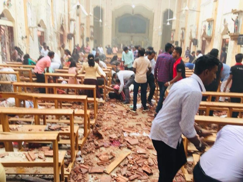 An explosion reported at the premises of the St. Anthonys Church in Kochchikade Colombo lka