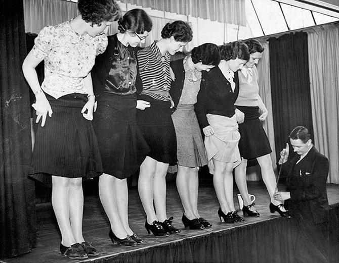 Порно школьники чулки публичное фото 328-472