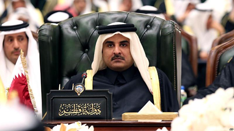 """Сынок шейхи Мозы, подавленная и подвластная власти своей матери """"пешка"""" на политической сцене Катара"""