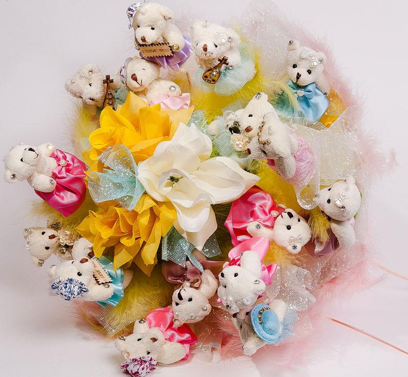 Поздравительные букеты для детей из мягких игрушек