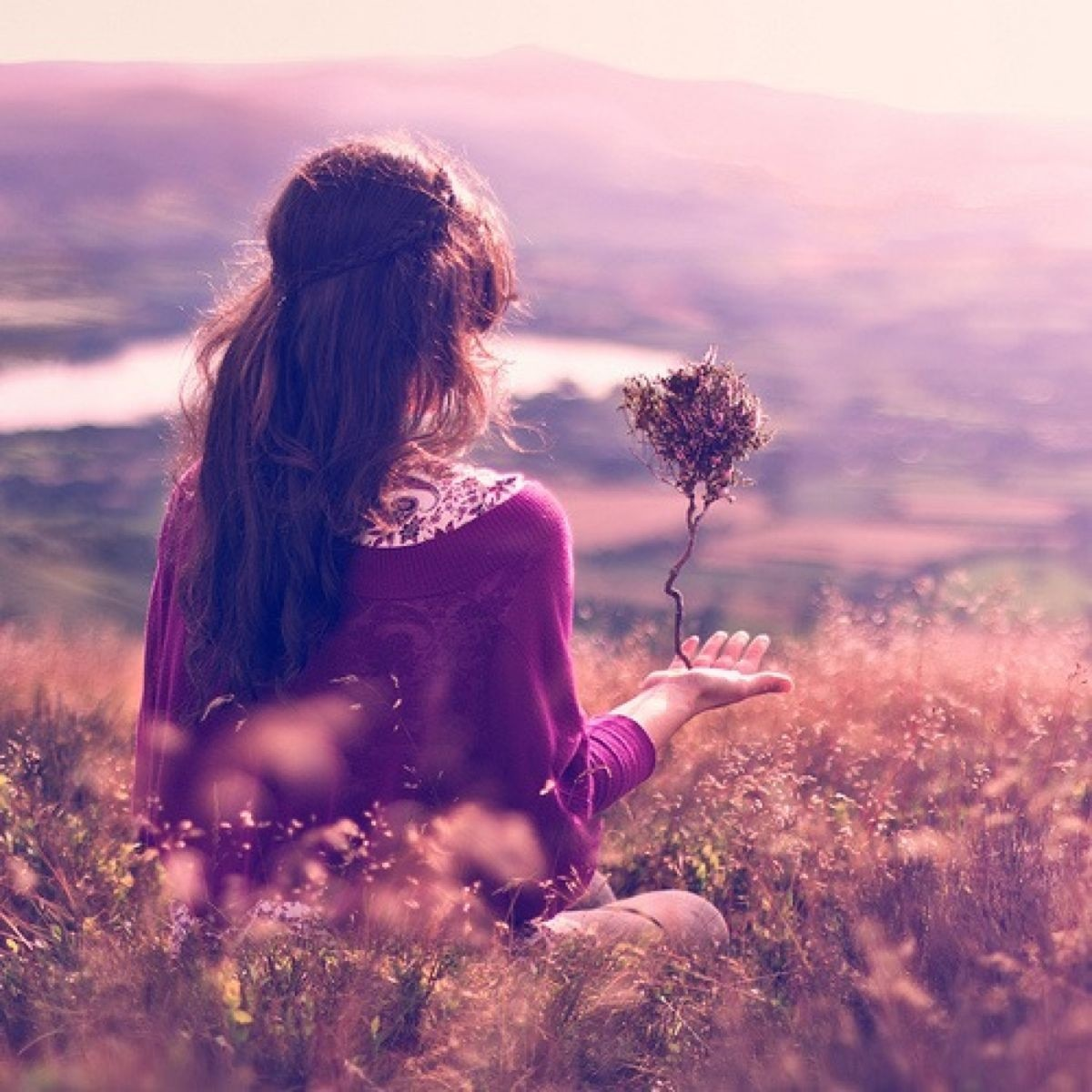 Картинки на аву девушка весна со спины