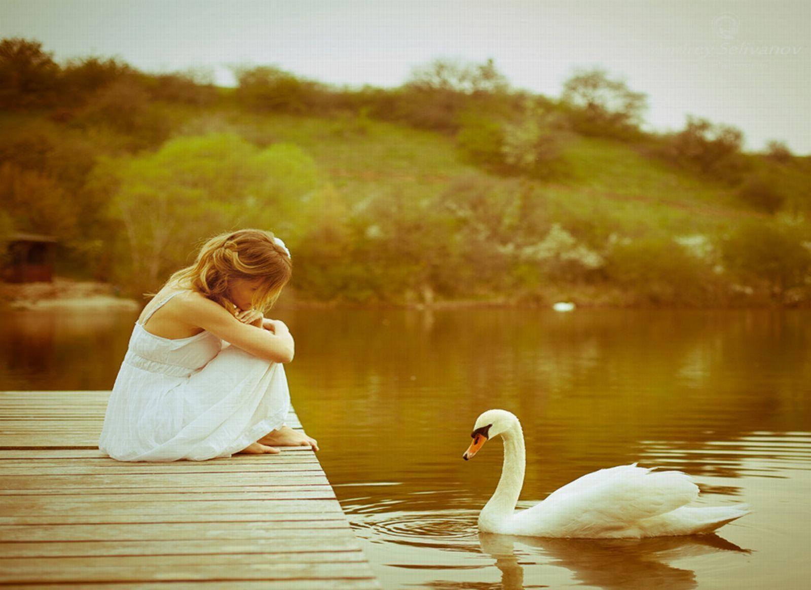 swan_lady