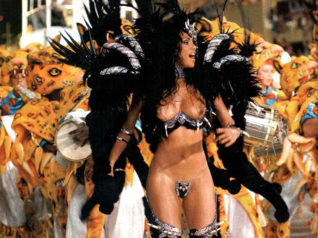 Сексуальные бразильские танцовщицы