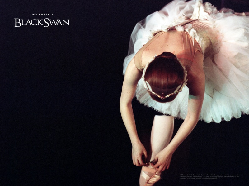 kinopoisk.ru-Black-Swan-1413200--w--800