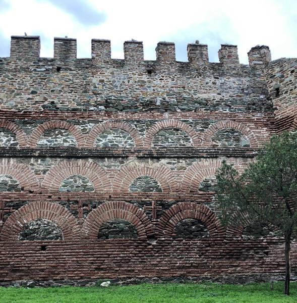 Стена Солунская.jpg