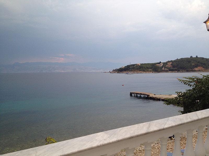 берег албанский.jpg