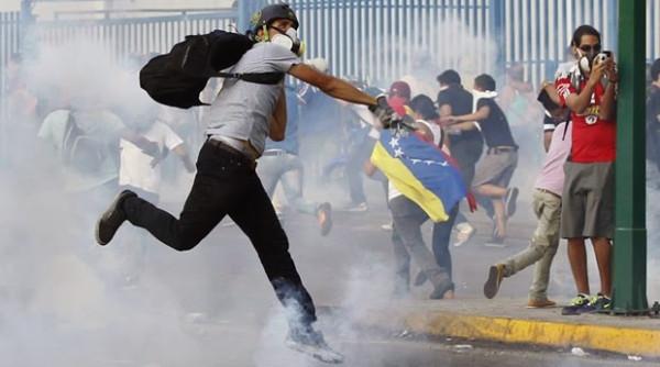 venezuela_guarimba  google