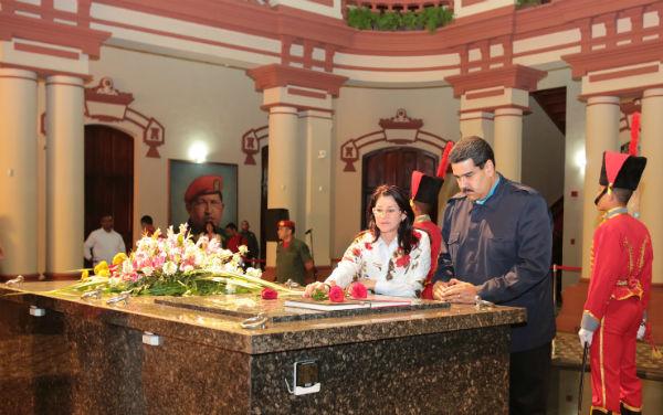 Presidente-Nicolás-Maduro-y-Cilia-Flores-1