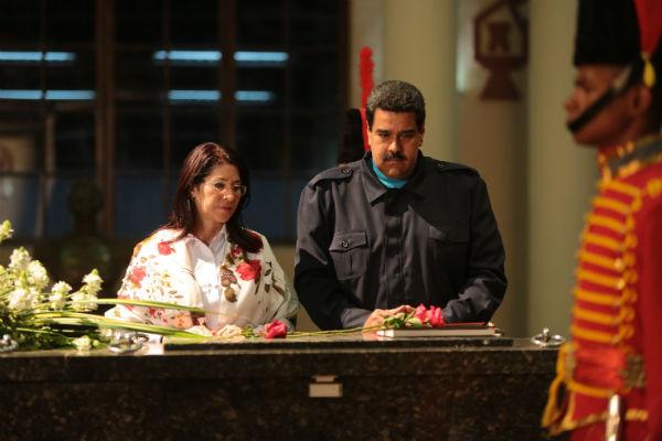 Presidente-Nicolás-Maduro-y-Cilia-Flores-2