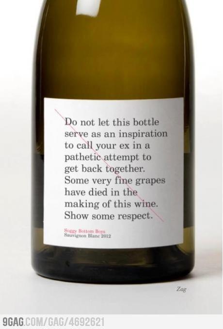 Этикетка на бутылке вина