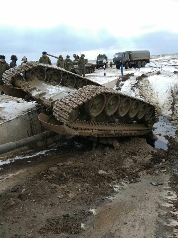 Подготовка к танковому биатлону идет полным ходом