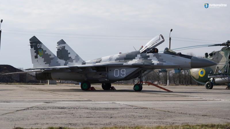 420 единиц вооружения и военной техники передали ВСУ