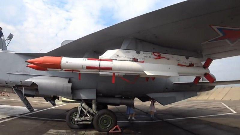 МИГ-31БМ с «новой» ракетой Р-37М
