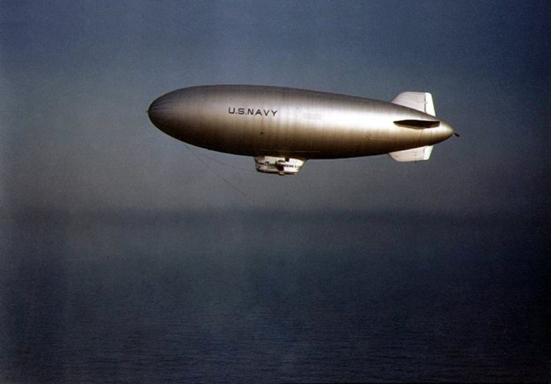 Бой дирижабля с подводной лодкой