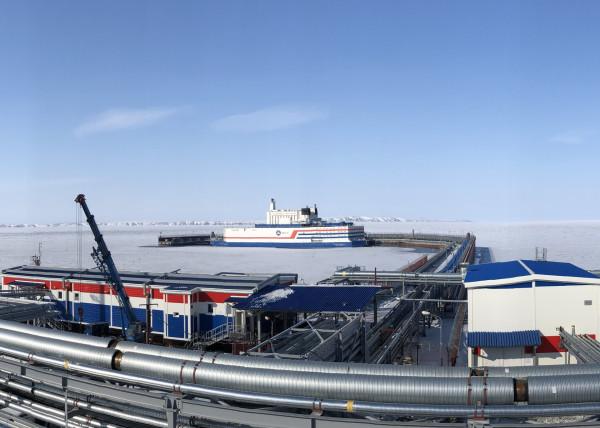 На Чукотке заработала первая в мире плавучая АЭС