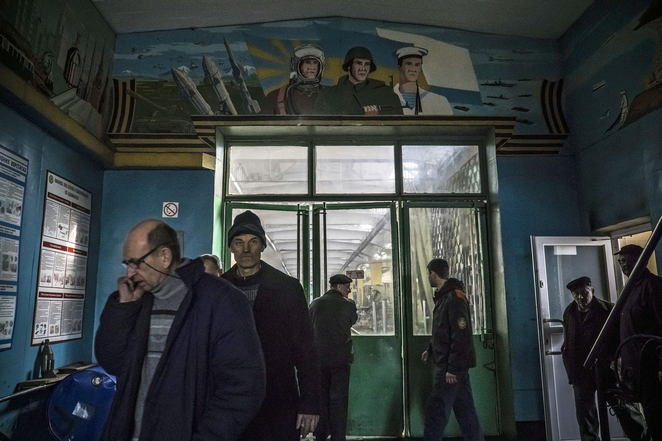 Фоторепортаж с львовского танкового завода