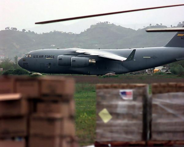 C-17_from_Charleston_Air_Force_Base,_S.C._taxis_for_departure_to_Albania