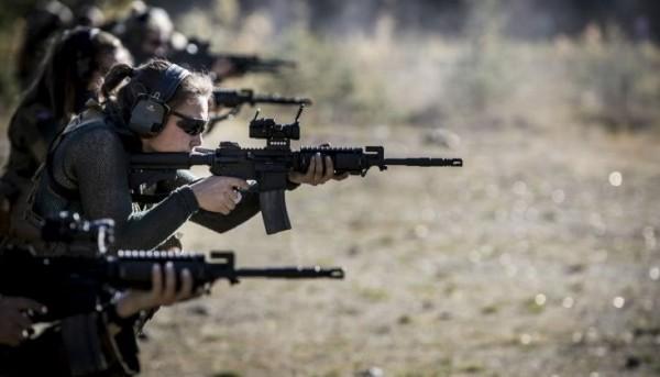 В спецназе только девушки 000
