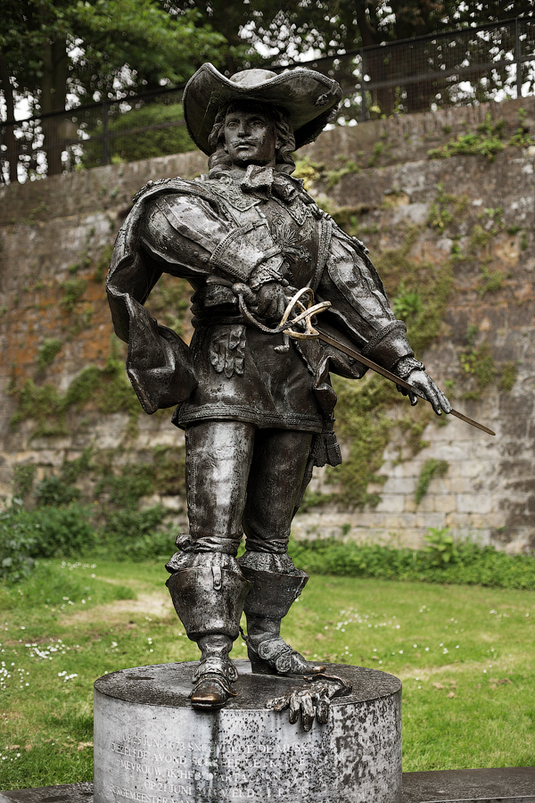 Французские мушкетеры 1622-1775. Часть 6. Вооружение: холодное оружие кавалерии