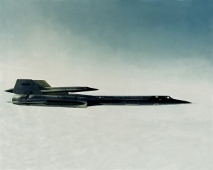 Lockheed_M-21_with_D-21_drone_in_flight_c1965
