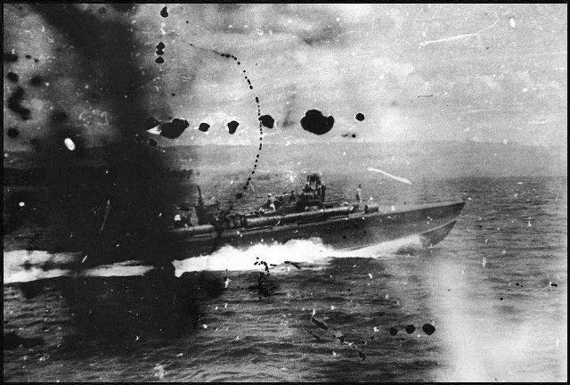 PT-109. История торпедного катера