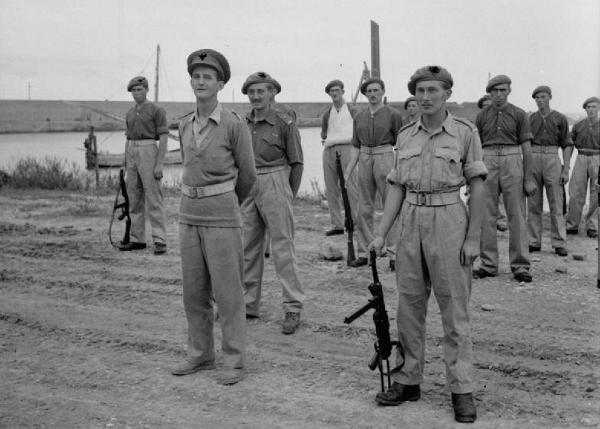 Как британский спецназ советских партизан спасал