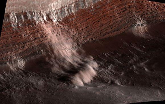mars-avalanche-1