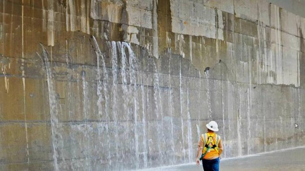 Panama-Canal-expansion-crack1