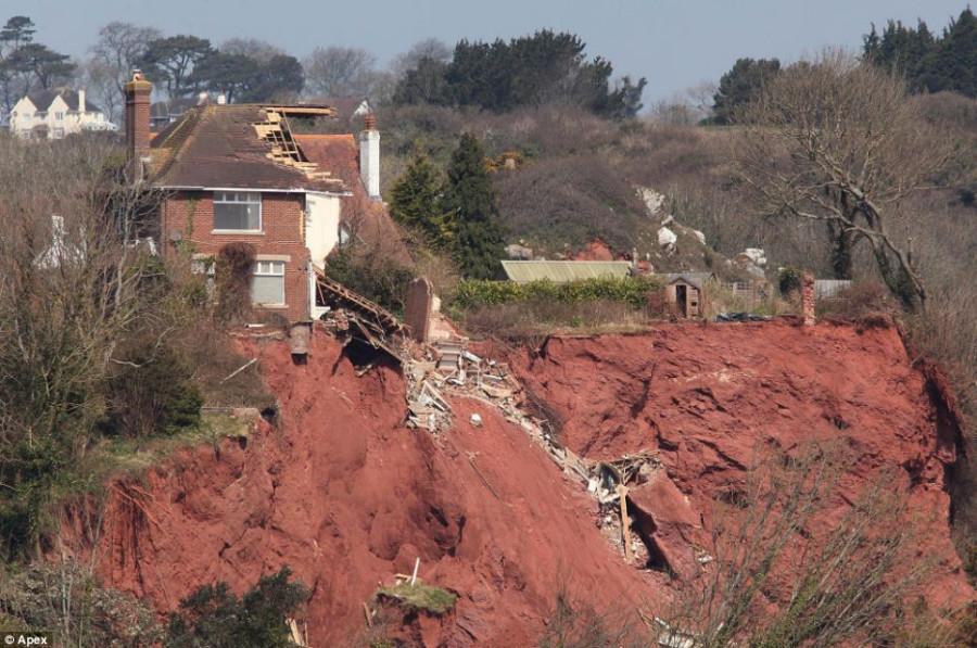 england_landslide