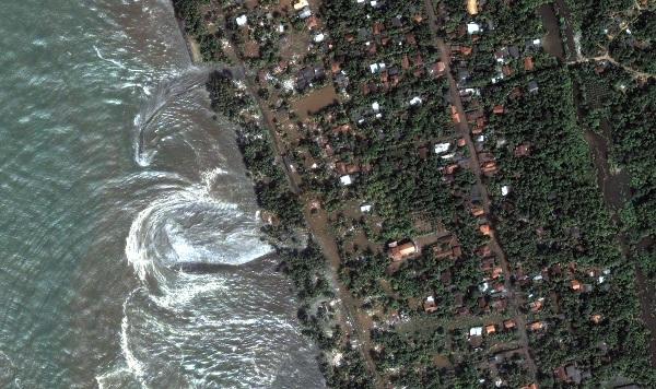 srilanka_kalutara_flood_dec26_2004_dg