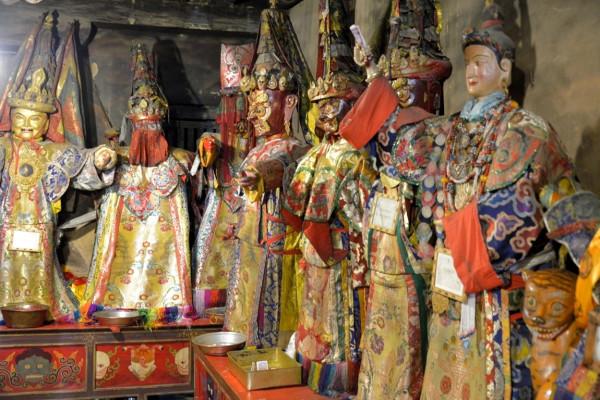 15.фото монастырь Самье храм защитников