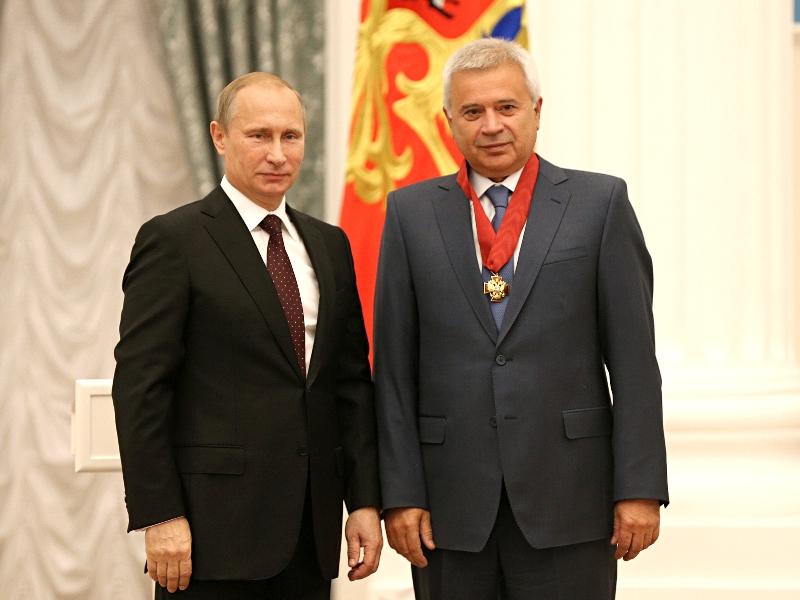 nagrajdenie_alekperov