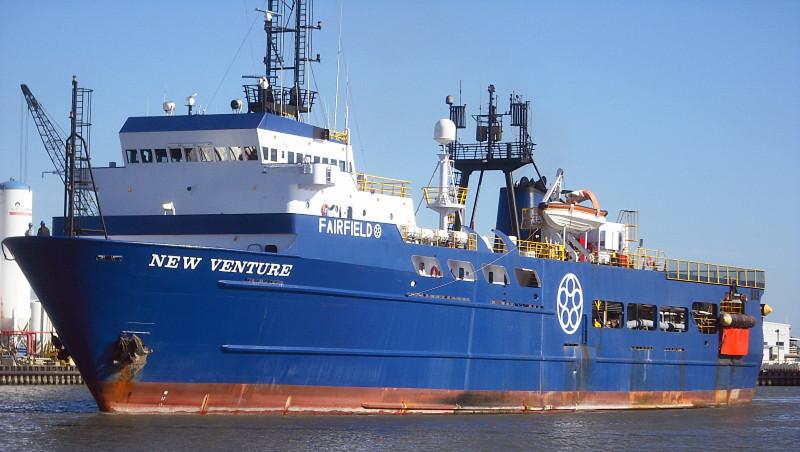 Так выглядел исследовательский корабль New Venture в 2013 году, во время подготовки его к затоплению у берегов Алабамы.