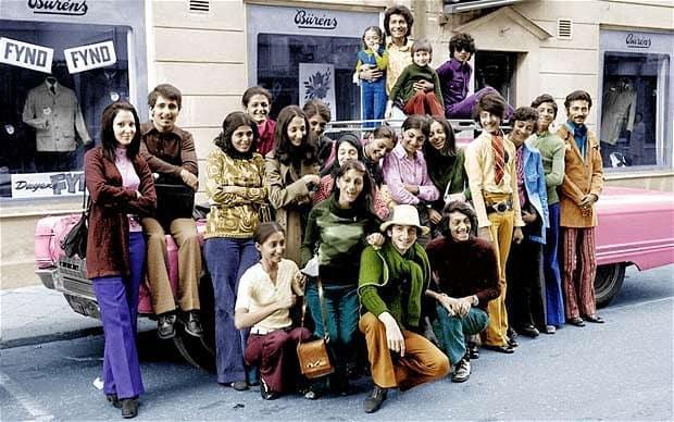 Веселая фотография красивой и богатой семейки, во время поездки в Швецию. 1971 год