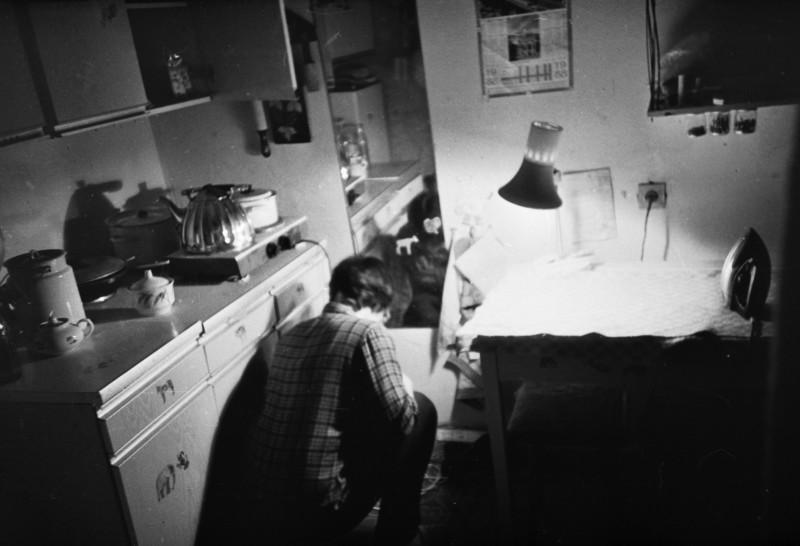 Моя комната в общаге, вероятно 1990 или что-то такое