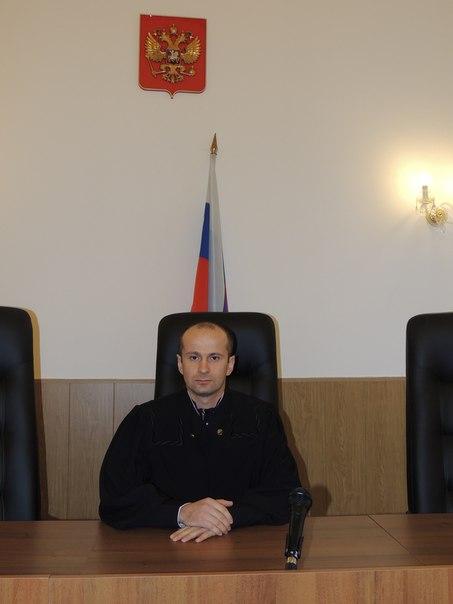 Какой-то Ахмат Кулиев судит русского подполковника Струкова
