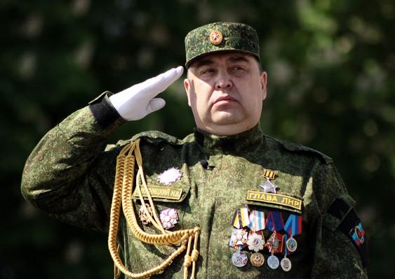 Ахтунг: маршал Плотницкий перешел в наступление... и напишет в ООН,но лучше бы в Спортлото
