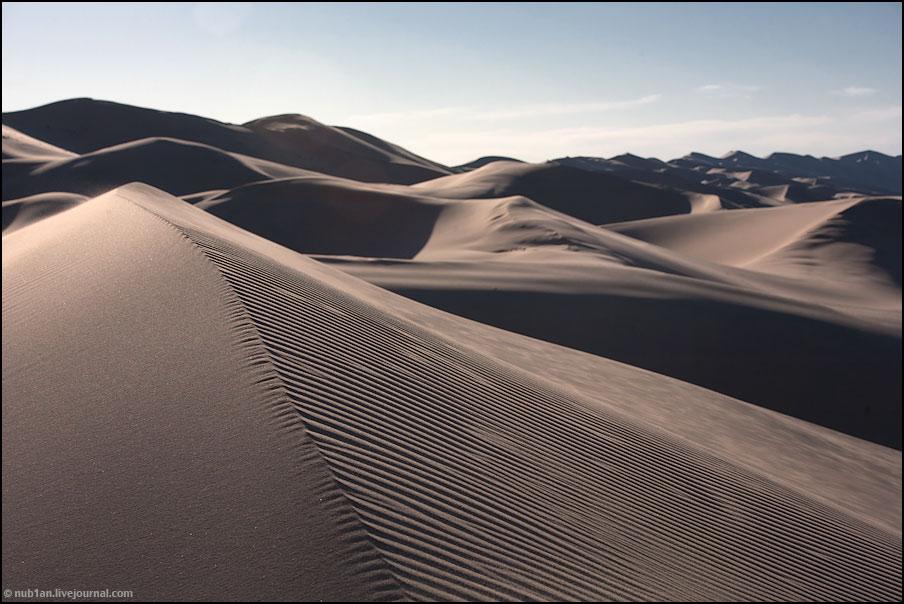 Пески Хонгорын-элс