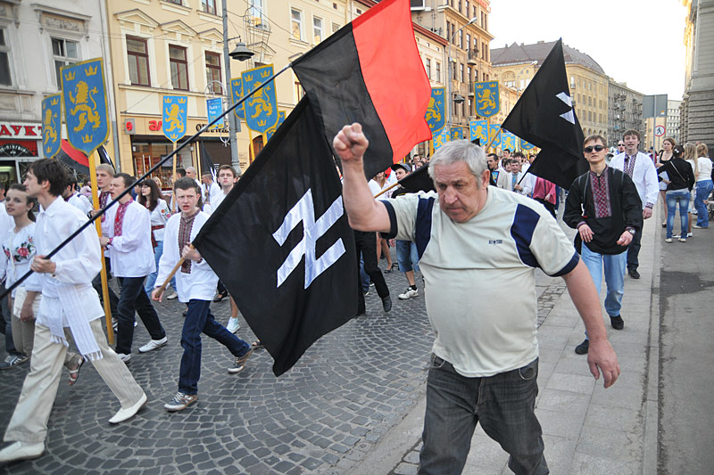 Украина – рассадник неонацизма
